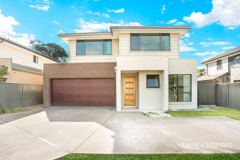 10 Stephenson Drive, Ropes Crossing NSW 2760-1
