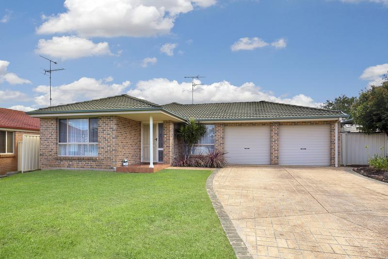 6 Musselburgh Close, Glenmore Park NSW 2745-1