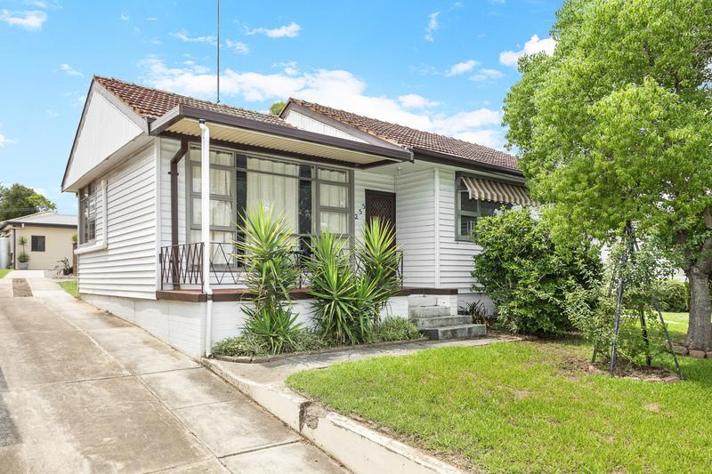 255 & 255A Desborough Road, St Marys NSW 2760-1