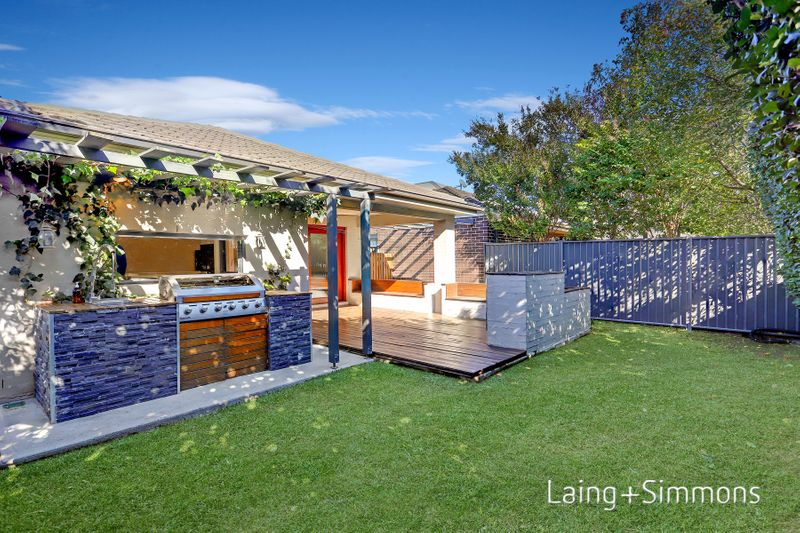 18 Gilroy Street, Ropes Crossing NSW 2760-1