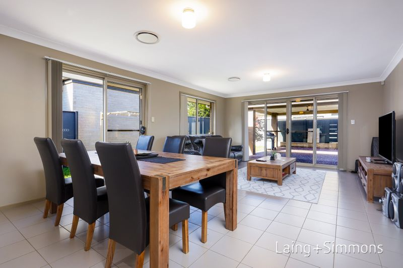 13 Marshall Avenue, Ropes Crossing NSW 2760-1