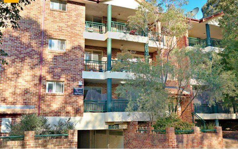 8/36 Newman Street, Merrylands NSW 2160-1