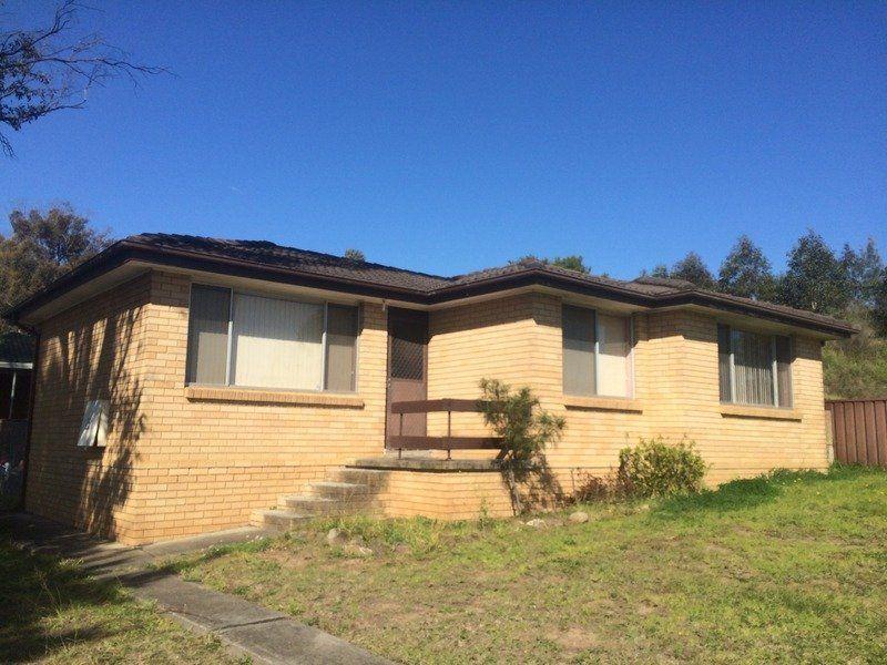 15 Rickard Road, Quakers Hill NSW 2763-1
