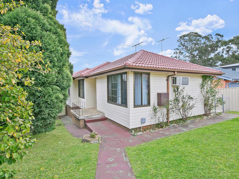 61 Dina Beth Avenue, Blacktown NSW 2148-1