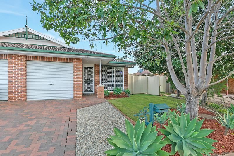 35 Hamrun Circuit, Rooty Hill NSW 2766-1