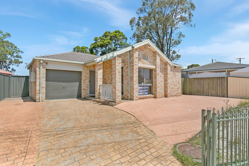 4 Jersey Road, Emerton NSW 2770-1