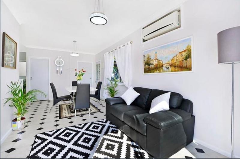 15a Cambridge Road, Artarmon NSW 2064-1