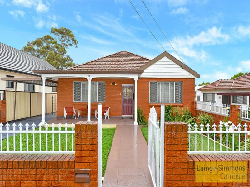18 Christian Rd Punchbowl NSW 2196-1