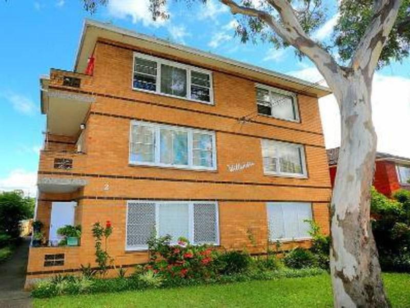 2 Shadforth St Wiley Park NSW 2195-1