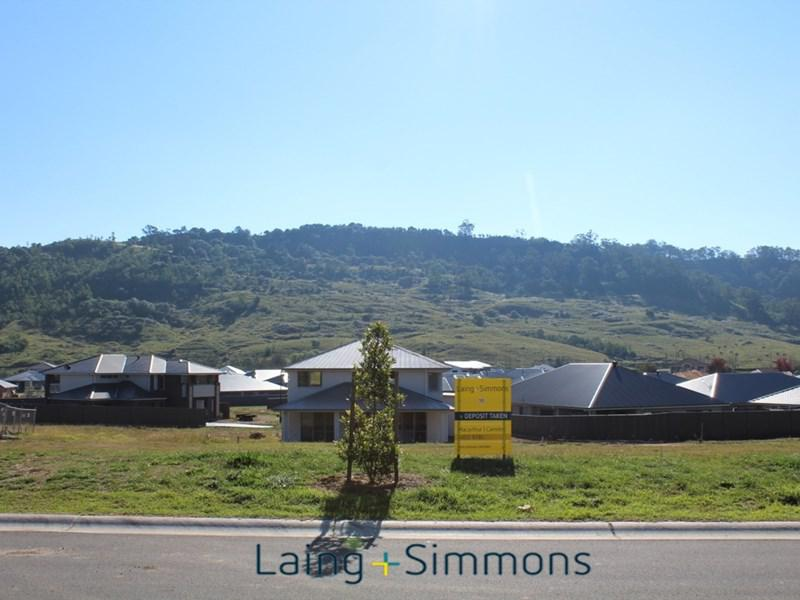 10 (Lot 430) Charolais Way Picton NSW 2571-1