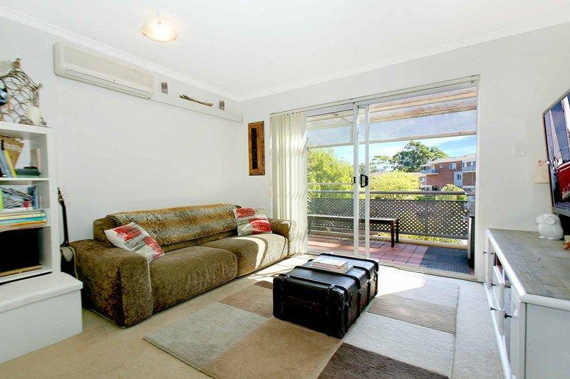8 1-7 Gloucester Place Kensington NSW 2033-1