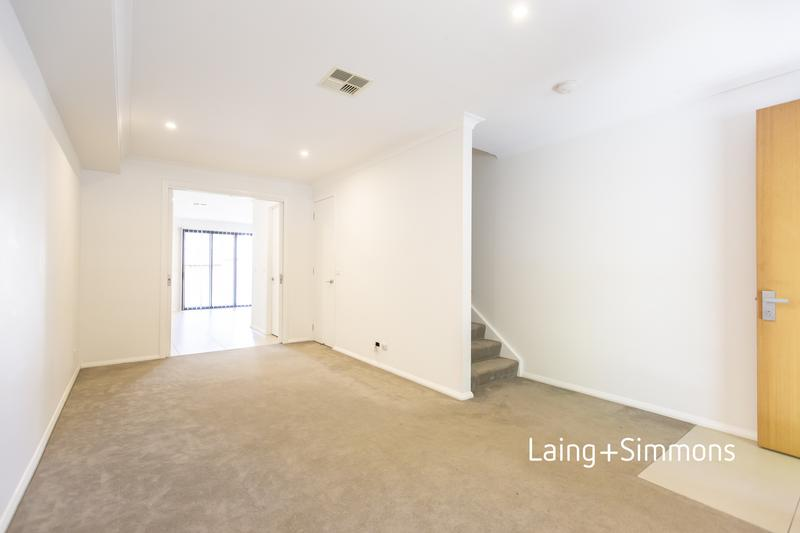 138 Lord Sheffield Circuit, Penrith NSW 2750-1
