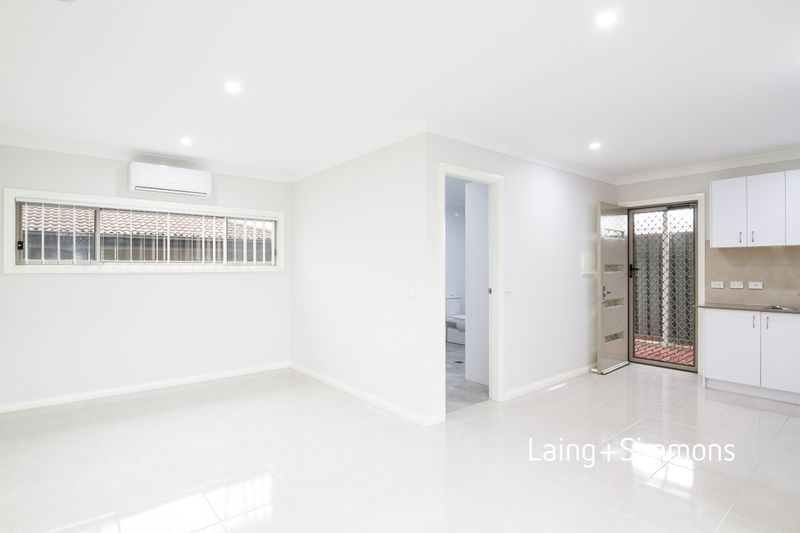 8A Redwood Place, Claremont Meadows NSW 2747-1