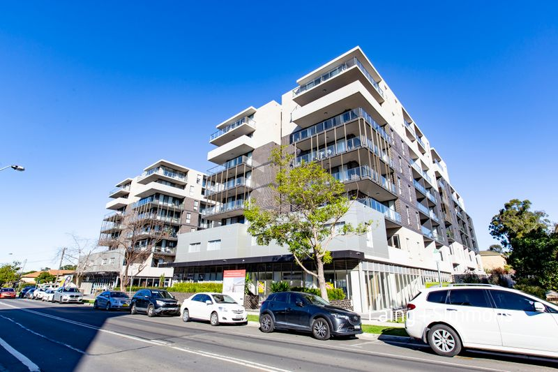 D606/48-56 Derby Street, Kingswood NSW 2747-1
