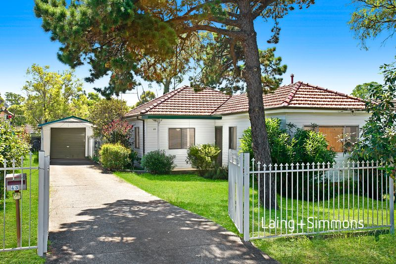 43 Windermere Avenue, Cambridge Park NSW 2747-1