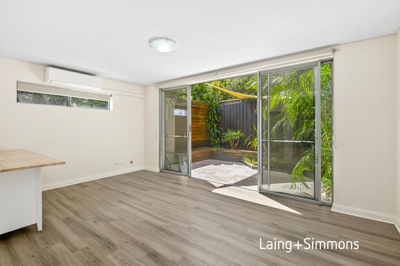 11/22 Victor Road, Brookvale NSW 2100-1
