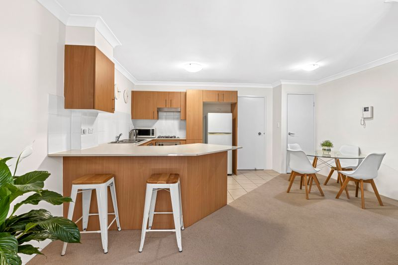 4/50-52 Old Pittwater  Road, Brookvale NSW 2100-1