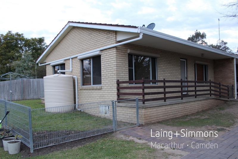 63B Oaks Street, Thirlmere NSW 2572-1