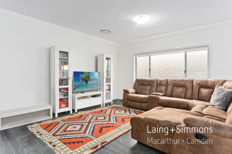 14 Akuna Street, Gregory Hills NSW 2557-1