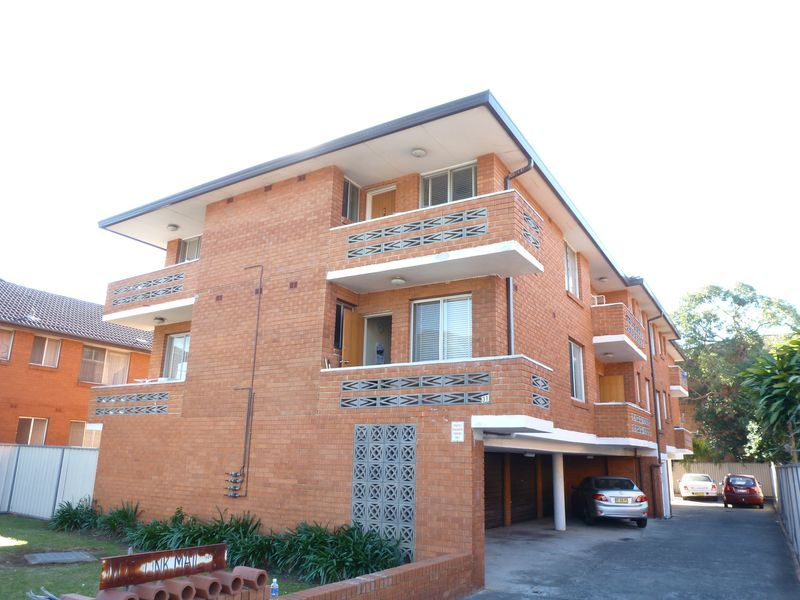 1/31 Bartley Street, CANLEY VALE NSW 2166-1