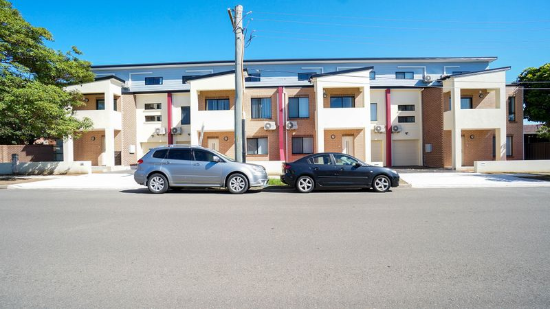 1/19 Mcburney Road, CABRAMATTA NSW 2166-1