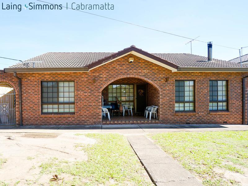 15 High Street, CABRAMATTA WEST NSW 2166-1