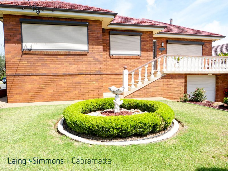 152 St Johns Road, CABRAMATTA WEST NSW 2166-1
