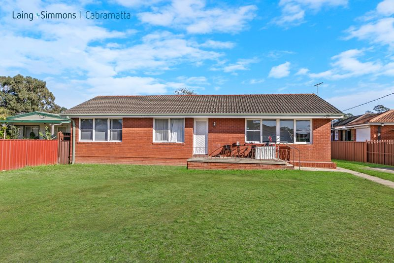 3 Edward Place, CANLEY HEIGHTS NSW 2166-1