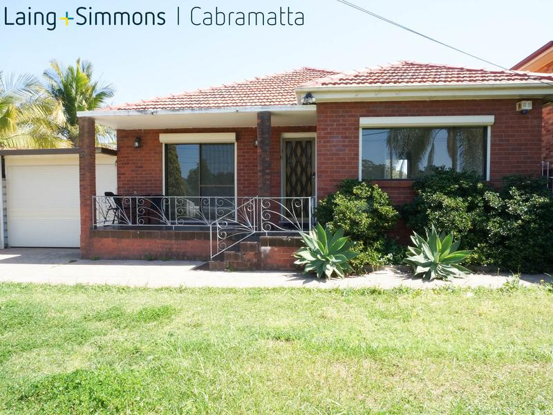 53 FIRST AVENUE, HOXTON PARK NSW 2171-1