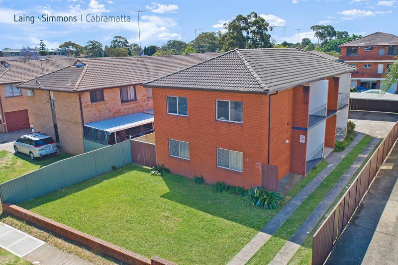 9 Carramar Ave, CARRAMAR NSW 2163-1