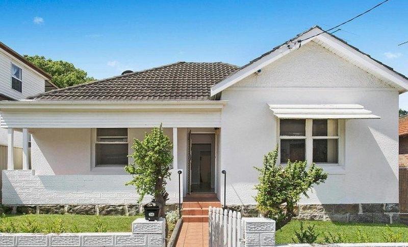 94 High Street, Carlton NSW 2218-1