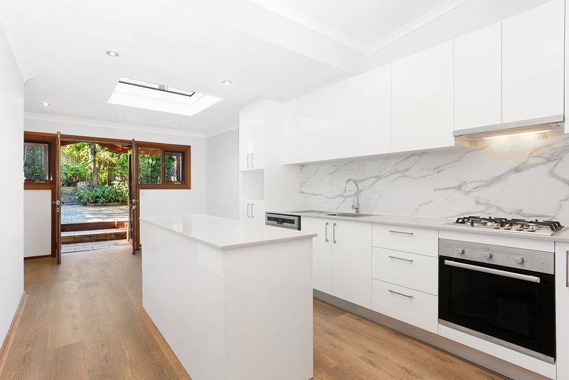 32 Willison Road, Carlton NSW 2218-1