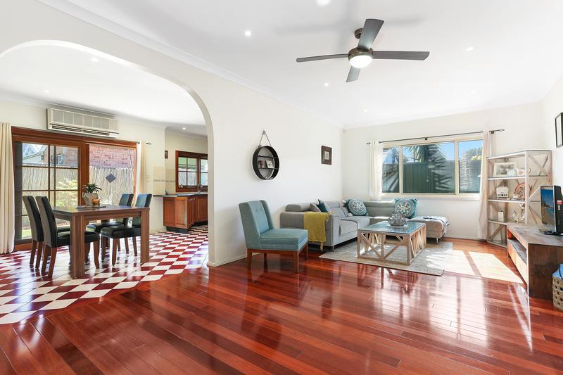 2/7 Tuffy Avenue, Sans Souci NSW 2219-1