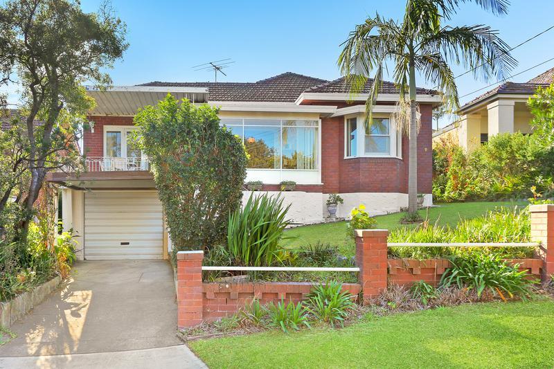 9 Bobadah Street, Kingsgrove NSW 2208-1