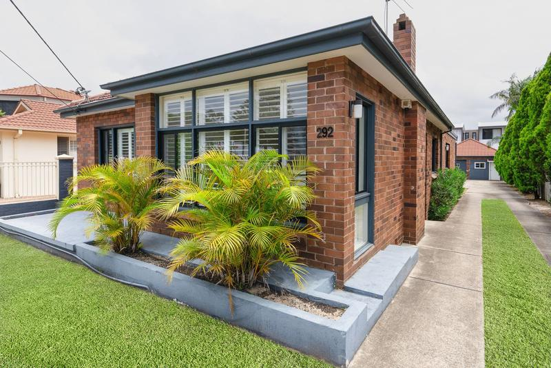 292 The Grand Parade, Sans Souci NSW 2219-1