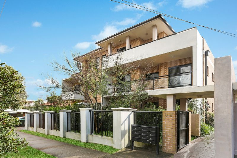 10/6 Morotai Avenue, Riverwood NSW 2210-1