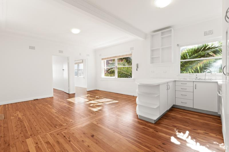 10/125 Old South Head Road, Bondi Junction NSW 2022-1