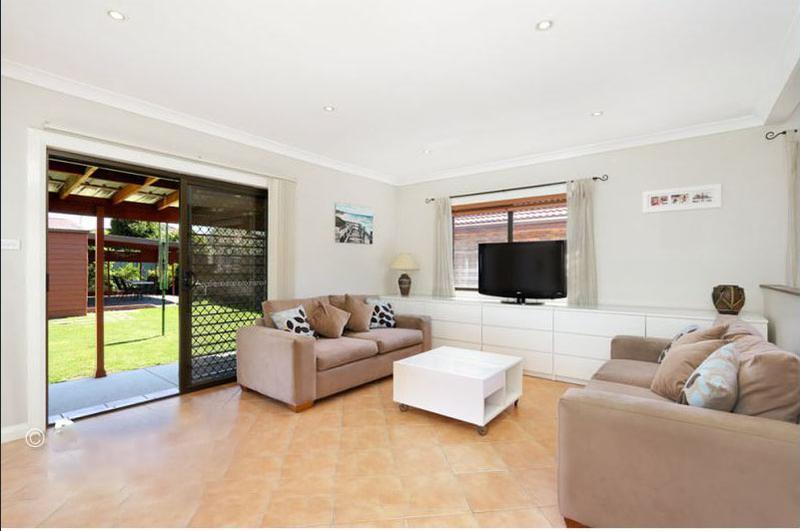 25 Ryrie Road, Earlwood NSW 2206-1