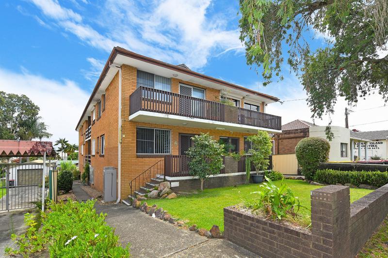67 Yangoora Road, Lakemba NSW 2195-1