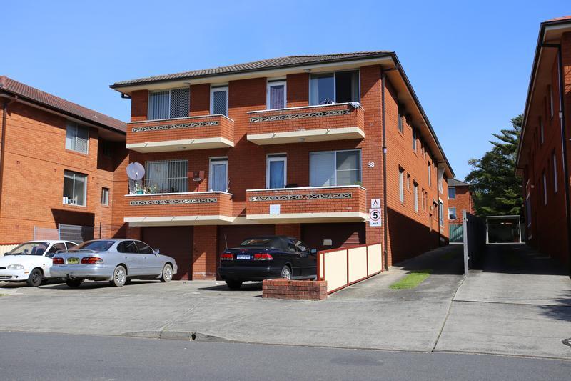 38 MacDonald St, Lakemba NSW 2195-1
