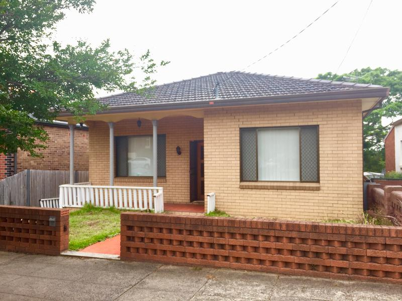 140 Ewart Street, Dulwich Hill NSW 2203-1