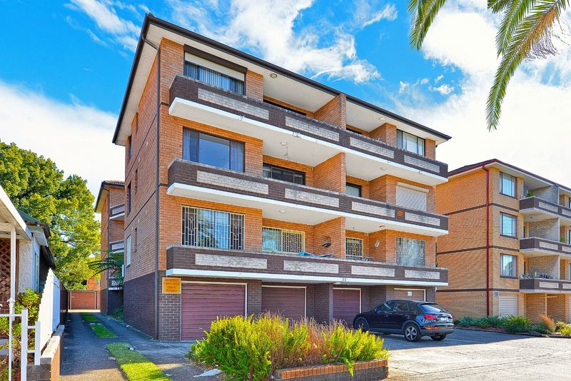 9/32 Fifth Ave, Campsie NSW 2194-1