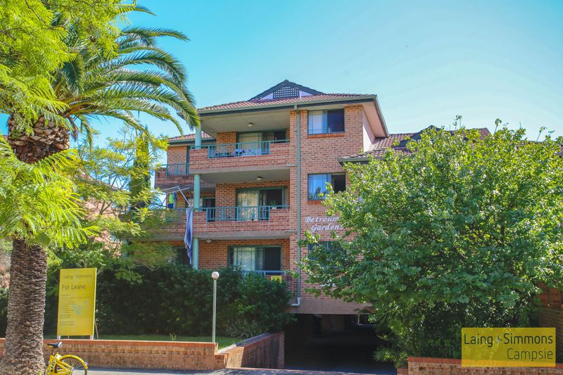 9/5 Eighth Ave, Campsie NSW 2194-1