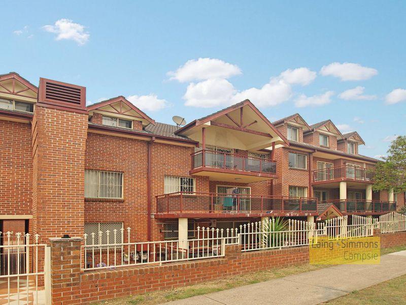 76 Meredith St, Bankstown NSW 2200-1