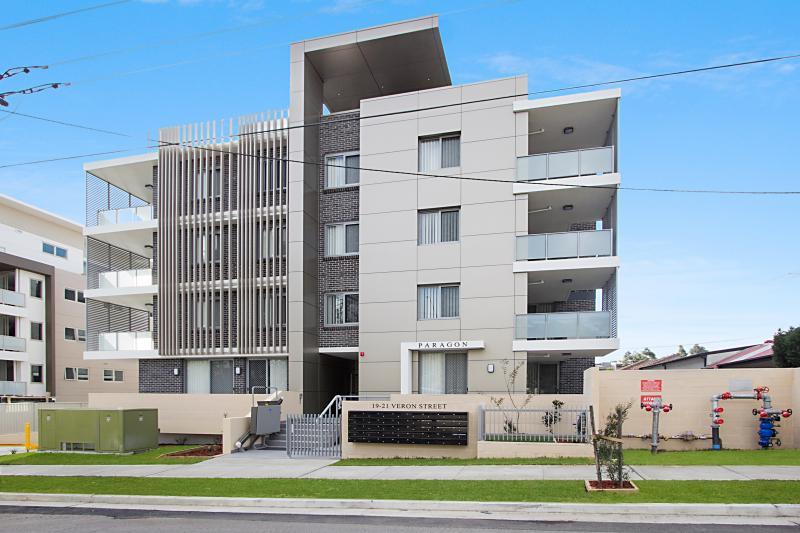 32/19-21 Veron Street, Wentworthville NSW 2145-1