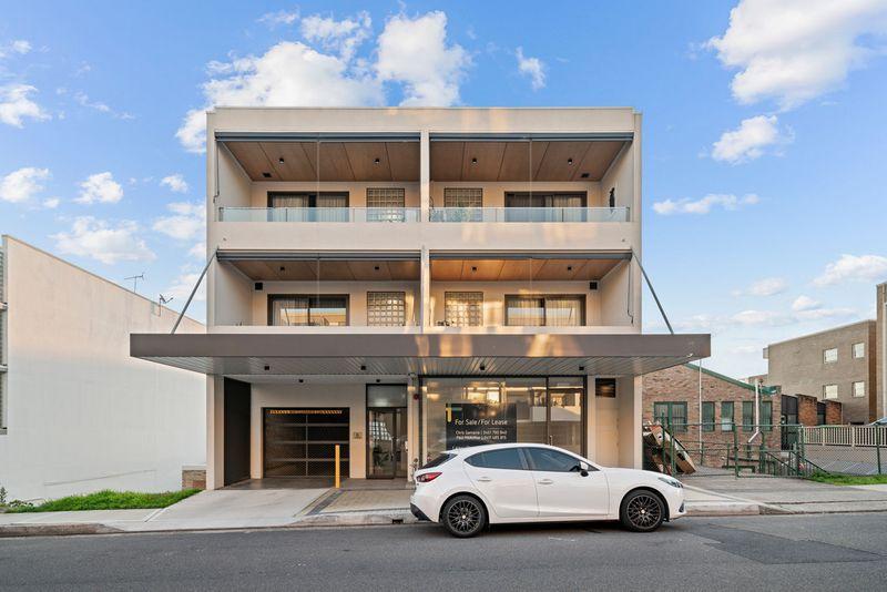 Retail Sho Lagoon Street, Narrabeen NSW 2101-1