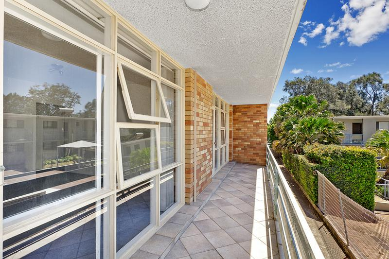 2/1351 Pittwater Rd, Narrabeen NSW 2101-1