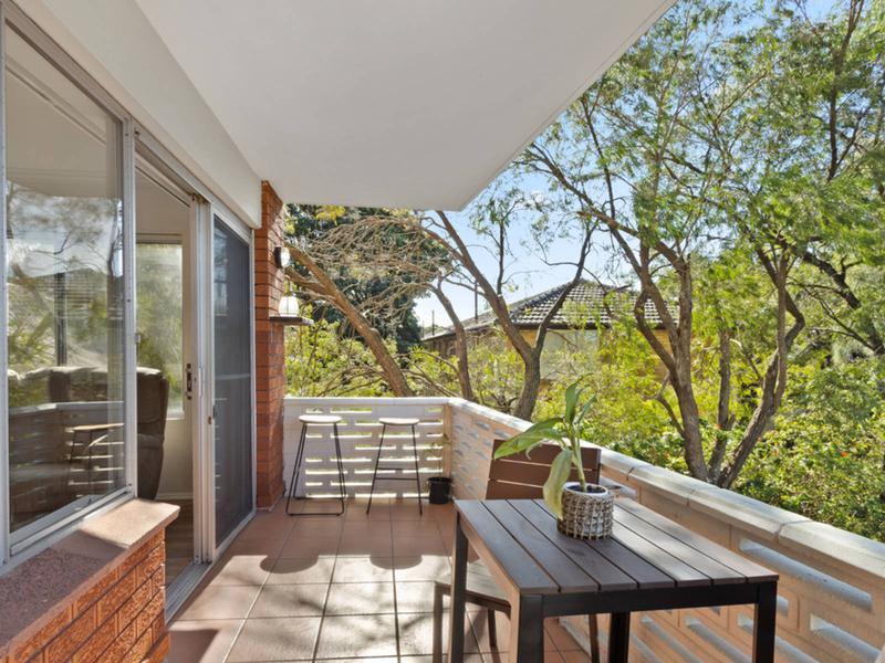 2/37a Park Street, Narrabeen NSW 2101-1