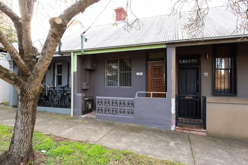 13 Zamia Street, Redfern NSW 2016-1