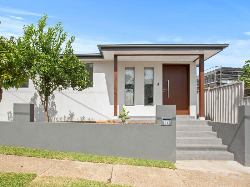 1A Emma Crescent, CONSTITUTION HILL NSW 2145-1
